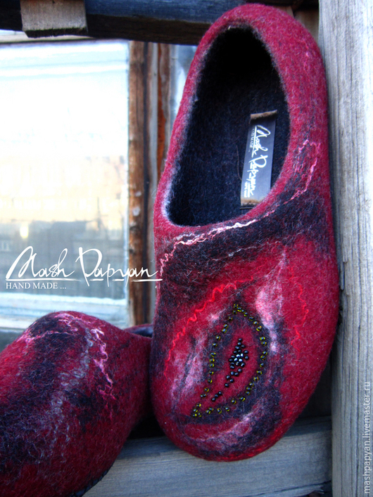 """Обувь ручной работы. Ярмарка Мастеров - ручная работа. Купить Валяные тапочки """" Жар-птица """". Handmade. Бордовый"""