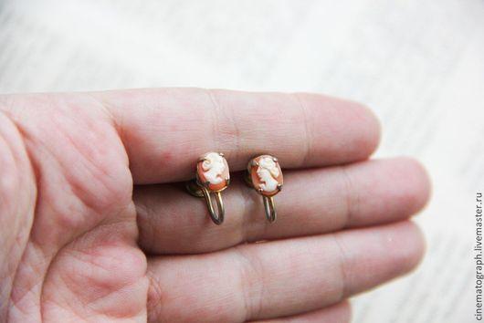 Винтажные украшения. Ярмарка Мастеров - ручная работа. Купить Серьги камея 50-е годы. Handmade. Бежевый, камея