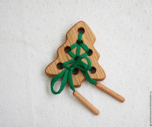 """Развивающие игрушки ручной работы. Ярмарка Мастеров - ручная работа. Купить Шнуровка """"Ёлочка"""", деревянная развивающая игрушка. Handmade."""