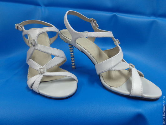 Обувь ручной работы. Ярмарка Мастеров - ручная работа. Купить Женские босоножки. Handmade. Разноцветный