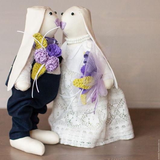 """Подарки на свадьбу ручной работы. Ярмарка Мастеров - ручная работа. Купить Свадебные зайцы """"Классические1"""". Handmade. Свадьба, кролик, хлопок"""