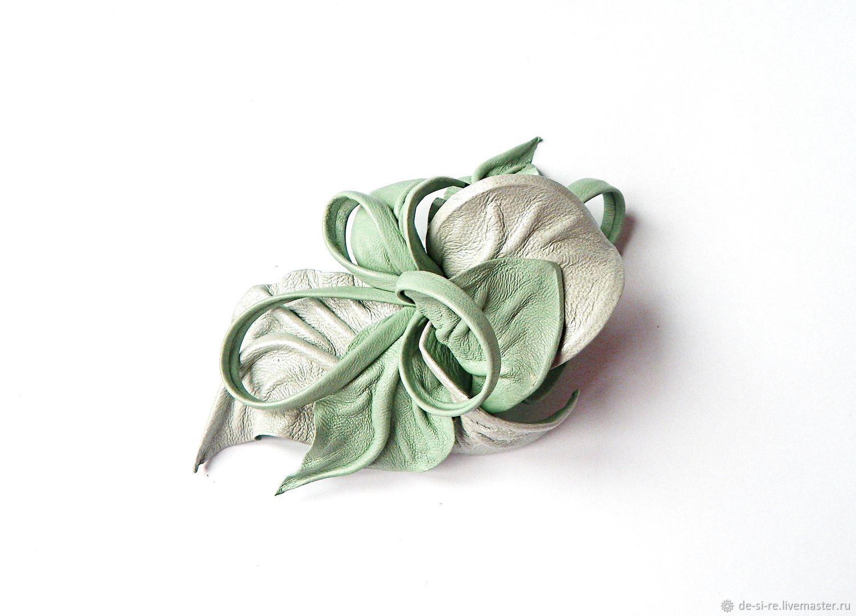 Брошь цветок из кожи Аквамарин льдистый светлый мятный, Броши, Москва, Фото №1