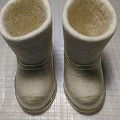Обувь ручной работы. Ярмарка Мастеров - ручная работа Белые детские валенки 12см,  с галошами. Handmade.