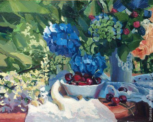 Картины цветов ручной работы. Ярмарка Мастеров - ручная работа. Купить гортензии и вишня. Handmade. Натюрморт с цветами, лето