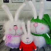 Куклы и игрушки ручной работы. Ярмарка Мастеров - ручная работа Семейка зайчиков / Вязаные зайцы мягкие игрушки. Handmade.