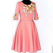 Платье эксклюзивное  с вышивкой