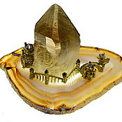 """Модели ручной работы. Ярмарка Мастеров - ручная работа """"Утренний гость"""" настольная композиция ФЕНТЕЗИ с кристаллом хрусталя. Handmade."""