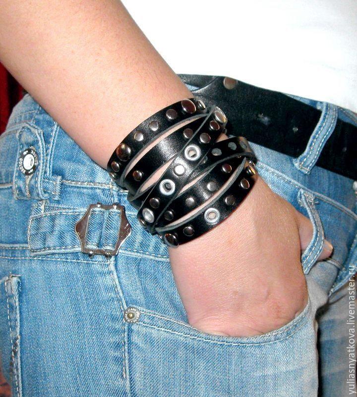 Кожаный рок браслет
