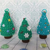 handmade. Livemaster - original item Christmas trees: knitted souvenir Christmas trees. Christmas decorations, key chains, gifts.. Handmade.