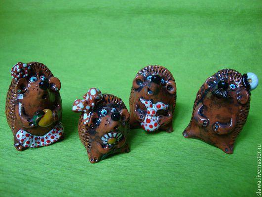 Статуэтки ручной работы. Ярмарка Мастеров - ручная работа. Купить Колючая семейка. Handmade. Коричневый, ежиха, натуральная глина