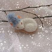 Украшения ручной работы. Ярмарка Мастеров - ручная работа Спящий мышонок.Брошь. Handmade.
