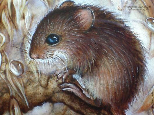 """Кулоны, подвески ручной работы. Ярмарка Мастеров - ручная работа. Купить Кулон """"Мышка-малютка"""". Handmade. Бежевый, живопись маслом"""