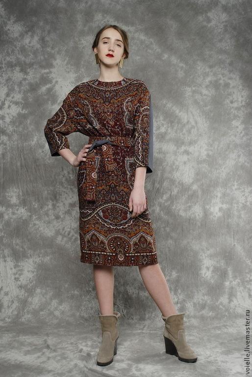 Платье комбинированное из павловопосадского платка, шерсть и лен, тёплое длиной миди до колен, стильное, с орнаментом, эксклюзивное и необычное, платье на заказ