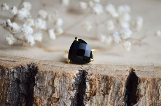 Кольца ручной работы. Ярмарка Мастеров - ручная работа. Купить Колечко тонкое позолоченное черное. Handmade. Черный, кольцо для девушки