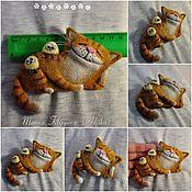 Украшения ручной работы. Ярмарка Мастеров - ручная работа Валяные броши-коты для примера. Handmade.