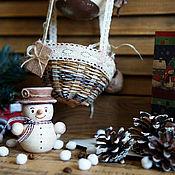 Подарки к праздникам ручной работы. Ярмарка Мастеров - ручная работа Снеговик - Почтовик на воздушном шаре... Handmade.