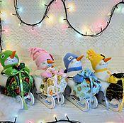 Куклы и игрушки ручной работы. Ярмарка Мастеров - ручная работа интерьерная игрушка Снеговик на санках !. Handmade.