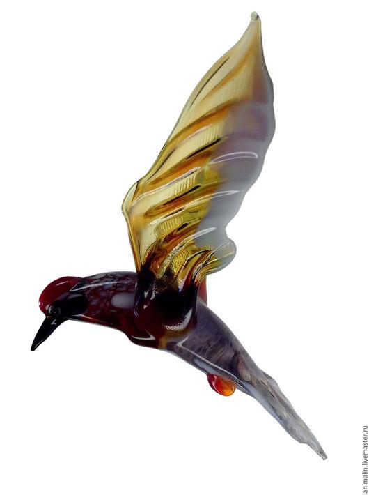 Элементы интерьера ручной работы. Ярмарка Мастеров - ручная работа. Купить Интерьерное подвесное украшение из цветного стекла птица Дятел Шума. Handmade.