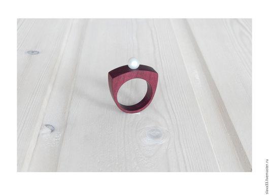 Кольца ручной работы. Ярмарка Мастеров - ручная работа. Купить Кольцо с белым жемчугом.. Handmade. Кольцо из дерева, украшение с жемчугом