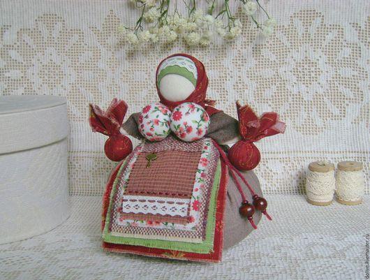 """Народные куклы ручной работы. Ярмарка Мастеров - ручная работа. Купить кукла Кубышка-травница """"Черешенка"""". Handmade. Бордовый, черешня"""