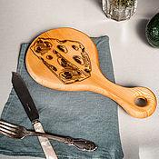 Посуда handmade. Livemaster - original item Wooden cheese board made of cedar wood RD19. Handmade.