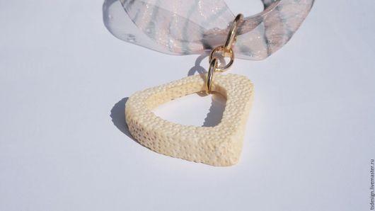 """Кулоны, подвески ручной работы. Ярмарка Мастеров - ручная работа. Купить Кулон из кости """"Суфле"""". Handmade. Белый, кулон из кости"""