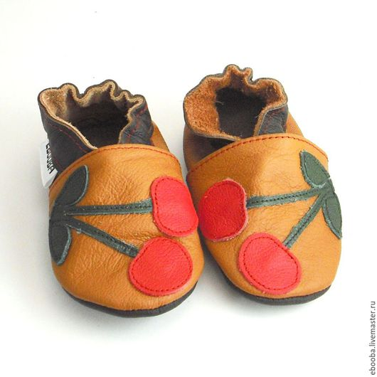 Кожаные тапочки пинетки чешки вишня красная на коричневом ebooba