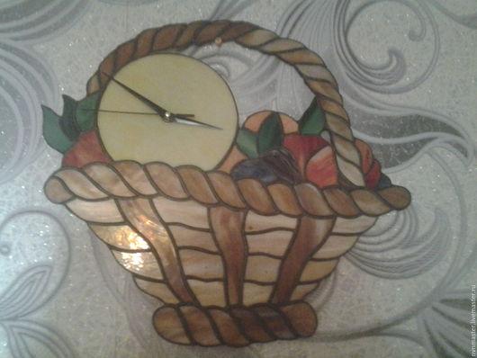 Часы настенные ваза с фруктами