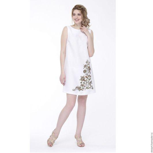 Платье льняное базовое белое с рисунком `Завиток`