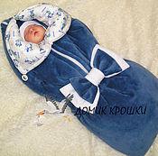 """Работы для детей, ручной работы. Ярмарка Мастеров - ручная работа Конверт-одеяло для новорожденного """"Микки и Минни"""" синий индиго. Handmade."""