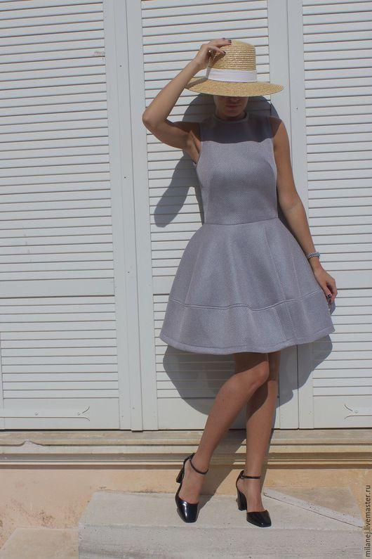 Платья ручной работы. Ярмарка Мастеров - ручная работа. Купить серое стоячие платье колокольчиком Размер S / 36. Handmade.