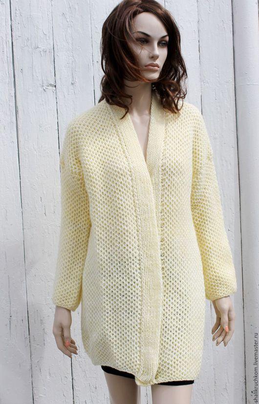 Кофты и свитера ручной работы. Ярмарка Мастеров - ручная работа. Купить Вязаный  кардиган Соты ручной работы бледно-желтый. Handmade.