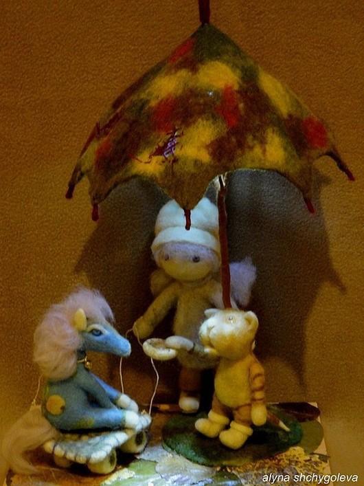 Коллекция авторских шерстяных композиций со светом `Ангел в Доме. Истории из Детства`.Что есть лучше, чище, cкоротечнее и волшебнее Детства? Только одно: ОНО САМО...