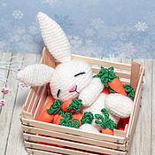 Куклы и игрушки ручной работы. Ярмарка Мастеров - ручная работа Морковные сны вязаная игрушка амигуруми Зайчонок сплюшка. Handmade.
