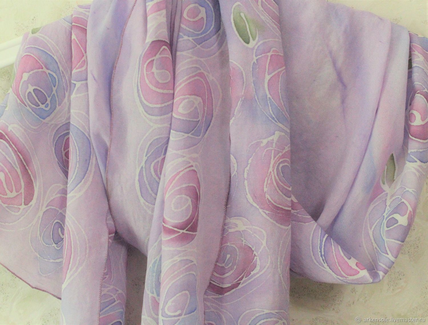 Pale lilac scarf with roses, 70h160 cm, chiffon painting, Scarves, Novosibirsk,  Фото №1