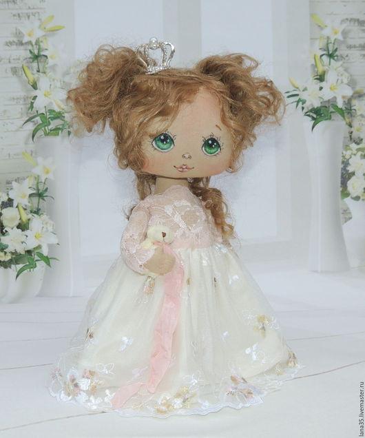 Коллекционные куклы ручной работы. Ярмарка Мастеров - ручная работа. Купить Малышка. Handmade. Бежевый, кукла в подарок, подарок на новый год