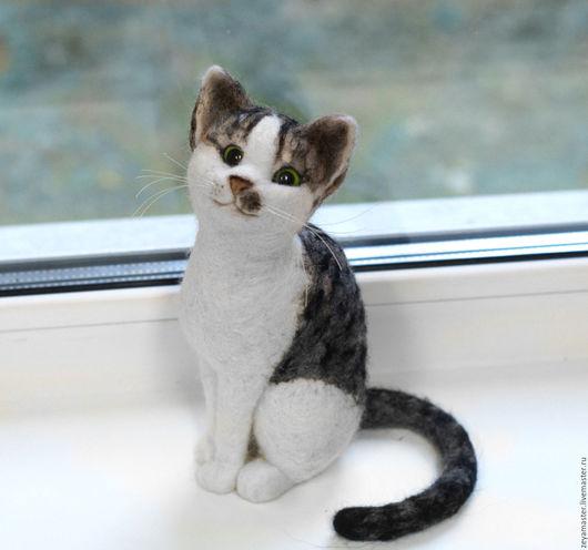 Игрушки животные, ручной работы. Ярмарка Мастеров - ручная работа. Купить Кошка Боня. Валяная интерьерная игрушка из шерсти. Handmade.