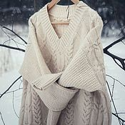 Одежда ручной работы. Ярмарка Мастеров - ручная работа Объемный свитер-платье с косами. Handmade.