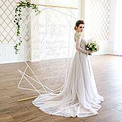 Свадебный салон ручной работы. Ярмарка Мастеров - ручная работа Свадебное платье с открытой спиной и расшитым лифом. Handmade.