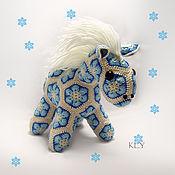Куклы и игрушки ручной работы. Ярмарка Мастеров - ручная работа Пони Снежок. Handmade.