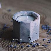 """Свечи ручной работы. Ярмарка Мастеров - ручная работа Соевая свеча в бетоне """"Призма"""" с лавандовым ароматом. Handmade."""