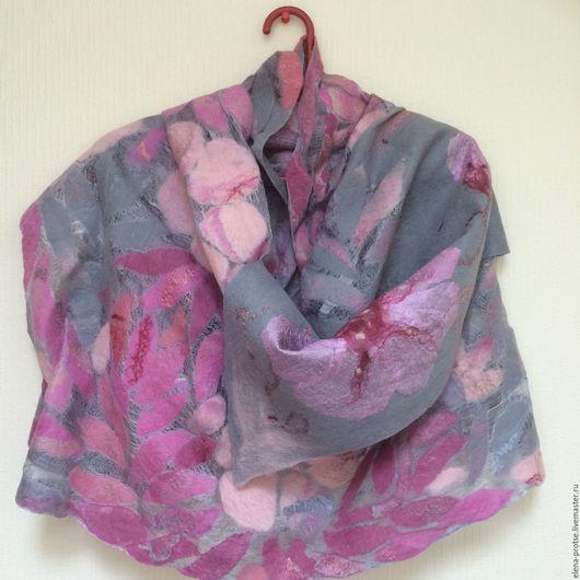 """Шали, палантины ручной работы. Ярмарка Мастеров - ручная работа. Купить Палантин валяный """"Яблоневый цвет"""". Handmade. Комбинированный, цветы"""