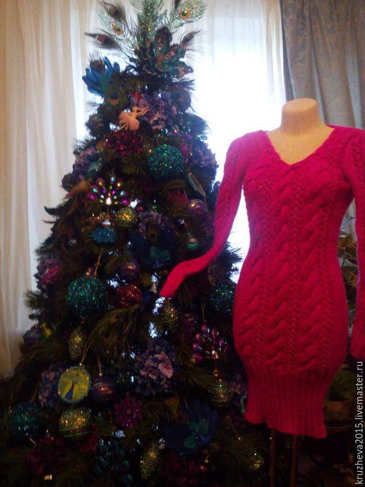 Платья ручной работы. Ярмарка Мастеров - ручная работа. Купить СКИДКА к НГ!!!Платье вязаное (длину  можно скорректировать). Handmade. Фуксия