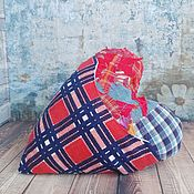 Игрушки ручной работы. Ярмарка Мастеров - ручная работа Подушка Сердце с кармашком лоскутная с вышивкой. Handmade.