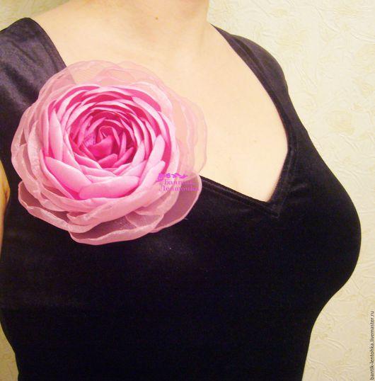 """Броши ручной работы. Ярмарка Мастеров - ручная работа. Купить Брошь  """"Цветущий пион"""". Handmade. Сливочный, брошь-цветок, подарок"""