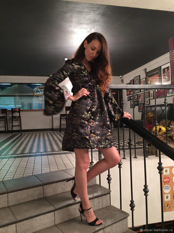 04dd40cd8b9 Атласное платье в стиле бэби-долл