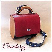 """Классическая сумка ручной работы. Ярмарка Мастеров - ручная работа Сумочка """"Cranberry"""" из кожи и дерева. Handmade."""