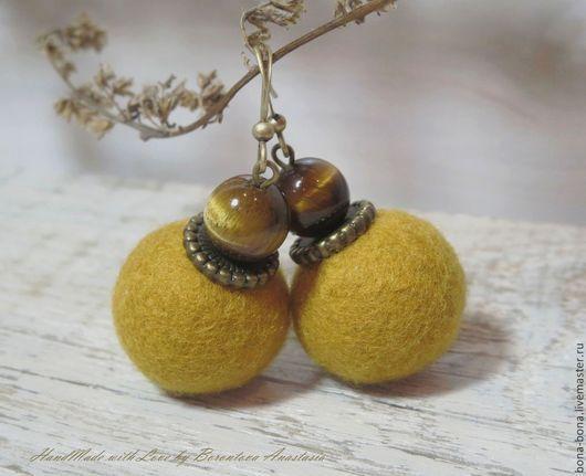 """Серьги ручной работы. Ярмарка Мастеров - ручная работа. Купить Серьги из войлока """"Ochre"""". Handmade. Желтый, песочный цвет"""