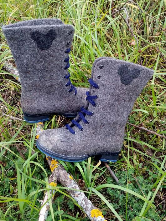 Обувь ручной работы. Ярмарка Мастеров - ручная работа. Купить Высокие ботинки  Мышки. Handmade. Шерсть для валяния, ботинки