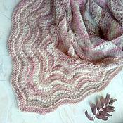 Аксессуары handmade. Livemaster - original item Bacchus: Shawl kerchief bactus in beige and powdery tones